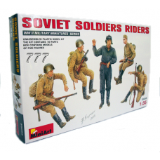 MiniArt Soviet Soldiers Riders